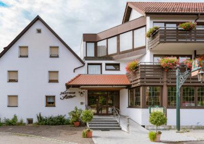 Gasthof-Siller-0012_Eingang_Gasthof